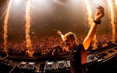 Armin Van Buuren live show has been postponed to 2022